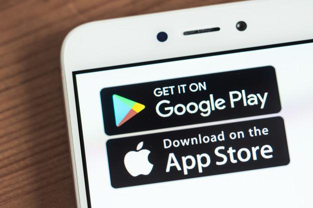 L'émergence de nouveaux acteurs – chinois – sur le marché des smartphones repose la question des magasins d'applications face à Google Play et à l'App Store. (Photo: Shutterstock)