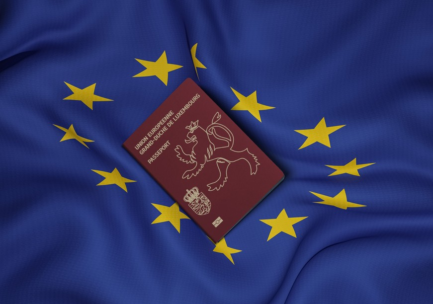 The Luxembourg passport gives access to 189 countries without a visa, making it a coveted document. Photos: Shutterstock