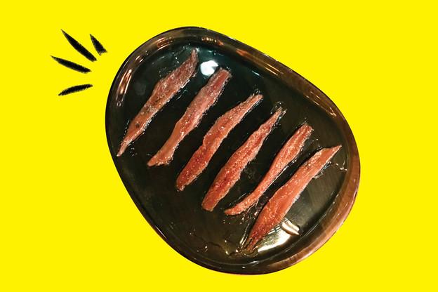 Les anchois de Cantabrie, bombe de saveur au Um Plateau. (Design: Maison Moderne)