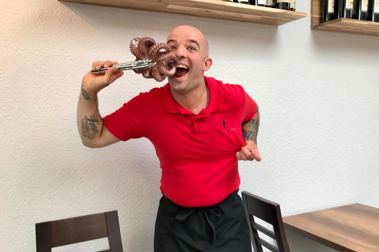 Malgré la frustration d'être fermé et l'impatience de retrouver son activité, Gino Roberto ne perd pas le sourire et propose de régaler les Valentin(e)s avec un menu à emporter! (Photo: DR)