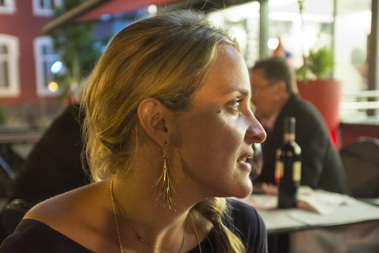 Que ce soit à Dudelange, où elle travaille, ou en ville, où elle réside, Anne-Laure Letellier sait trouver les meilleures tables! (Photo: Romain Girtgen / CNA)