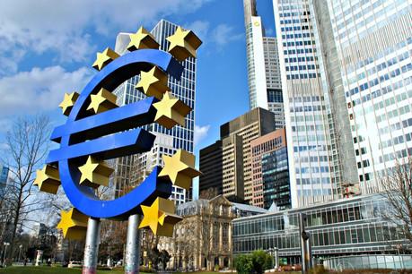 «Il est de notre devoir d'alerter sur le fait que la BCE pourrait aujourd'hui offrir aux États européens les moyens de leur reconstruction écologique, mais aussi de réparer la casse sociale, économique et culturelle, après la terrible crise sanitaire que nous traversons», indiquent les signataires. (Photo: Shutterstock)