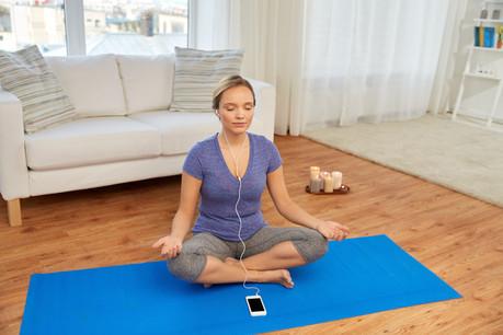 L'application Petit Bambou, basée au Luxembourg, propose plusieurs programmes de méditation. (Illustration: Shutterstock)