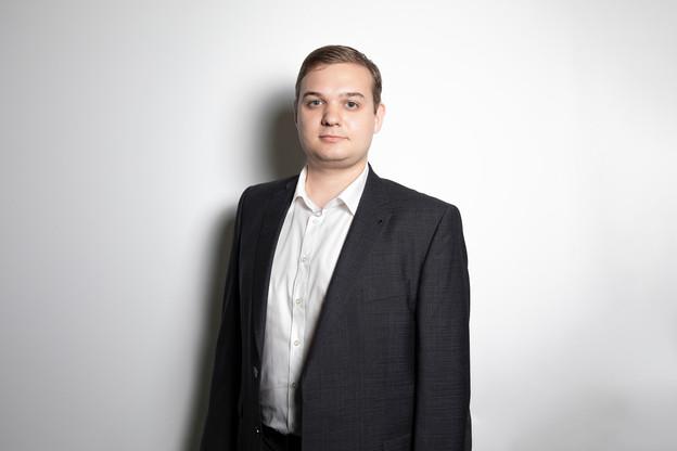 Roman Tikhonov: «Je cherche à développer mon réseau, à découvrir de nouveaux partenaires et/ou des contacts interpersonnels.» (Photo: Jan Hanrion / Maison Moderne)