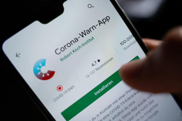 En Allemagne, la Corona-Warn-App a été téléchargée par moins d'un résident sur six. Insuffisant pour être réellement efficace, même si des experts disent que chaque aide est bienvenue. (Photo: Shutterstock)