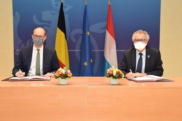 Le Belge Vincent Van Peteghem (à gauche) a annoncé avoir trouvé un accord avec son homologue luxembourgeois, Pierre Gramegna, ministre des Finances, au sujet des compensations fiscales pour 2019 et 2020, alors que, mardi, tout cela semblait encore très vague. (Photo: Ministère des Finances)