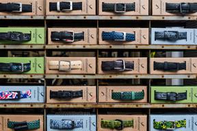 La marque italienne Cingomma veut redonner vie aux résidus de pneus de bicyclette en créant une gamme de ceintures. ((Photo: Nader Ghavami))