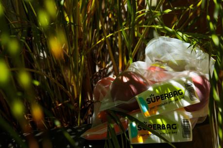 Le Superbag sera vendu dans une dizaine de grandes enseignes locales: Aldi, Auchan, Cactus, Cora, Delhaize, La Grande Épicerie Massen, La Provençale, Match, Naturata et Pall Center. (Photo: Matic Zorman)