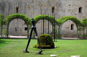 Plusieurs oeuvres de Nathalie Decoster ont été présenté à l'Abbaye de la Celle en 2004. ((Photo: Nathalie Decoster))