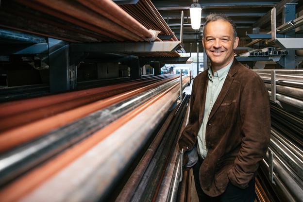 Au travail – Michel Reckinger dans les ateliers de son entreprise à Ehlerange. (Photo: Edouard Olszewski)