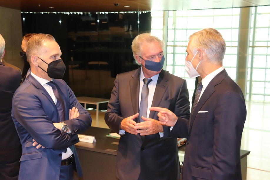 German foreign minister Heiko Maas, Luxembourg's Jean Asselborn and Austria's Michael Linhart (l.t.r.) Photo: MAEE