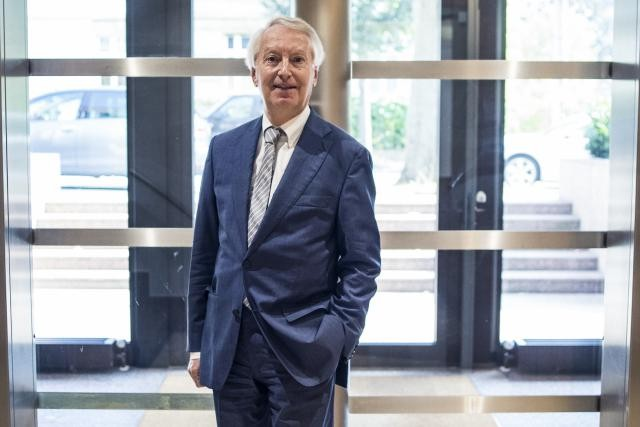 Claude Wirion, directeur du Commissariat aux assurances, signale que 11 nouvelles compagnies participent désormais pour deux tiers à l'activité globale du secteur. (Photo: Mike Zenari/archives)
