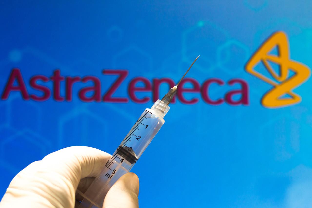 La Commission européenne a passé une commande de 400 millions de doses auprès d'AstraZeneca