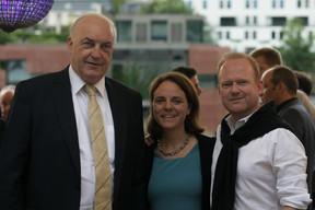 Charles Goerens (DP), Corinne Cahen (ministre de la Famille et de l'Intégration) et Claude Lamberty (DP) ((Photo: Matic Zorman))
