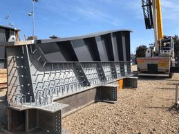 Pendant les mois de septembre et octobre, les nouvelles poutres maîtresses vont être mises en place sur la partie sud du pont. ((Photo: Schroeder & Associés))