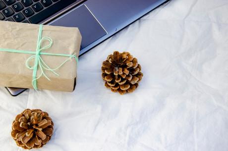 À l'occasion des fêtes de fin d'année, MONDORF Domaine Thermal propose des MONDORF Box pour remercier, motiver ou encore féliciter vos collaborateurs et clients. Crédit : Shutterstock