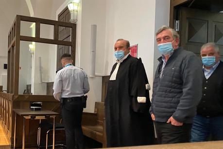 Me Hervé Temime, devant Flavio Becca, au moment de plaider la défense de son client, face à une accusation pour laquelle il n'y a rien, a-t-il dit à plusieurs reprises. (Photo: Paperjam)