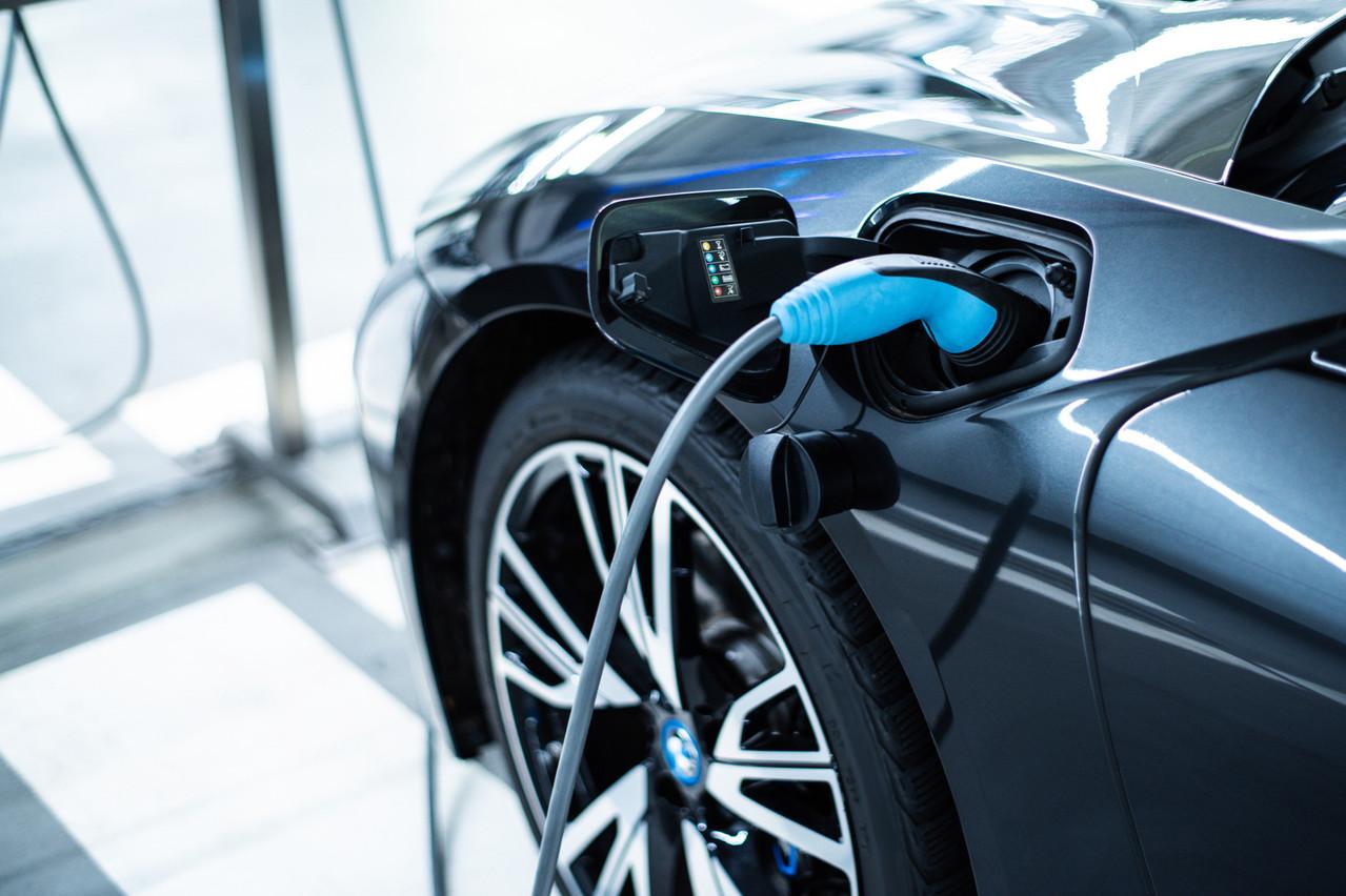 Le partenariat avec Enovos et Diego permet de rassurer les utilisateurs de véhicules électriques sur le fait qu'ils pourront recharger leur voiture, quelles que soient les circonstances. (Photo: Shutterstock)