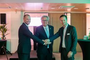 Le ministre des Finances Pierre Gramegna (au centre) était l'invité de prestige de la soirée inaugurale. ((Photo: Matic Zorman))
