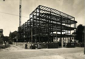 L'immeuble est en fait une construction à ossature métallique. ((Photo: DR))