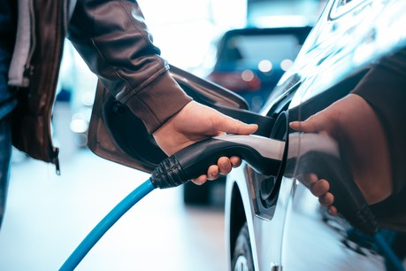 Le marché de la mobilité électrique a connu une très forte croissance ces dernières années. Designed by Freepik