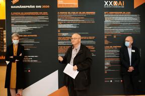 Sam Tanson (ministère de la Culture), Pierre Hurt (directeur de l'OAI) et Guy Hornick, membre du jury. ((Photo:Matic Zorman / Maison Moderne))