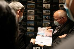 À droite, Pierre Hurt (directeur de l'OAI) ((Photo:Matic Zorman / Maison Moderne))