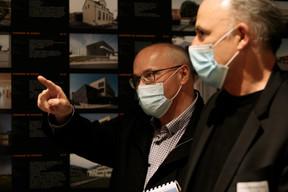 Au centre, Pierre Hurt (directeur de l'OAI) et Lorenz Bräker (premier vice-président de l'UIA) ((Photo:Matic Zorman / Maison Moderne))