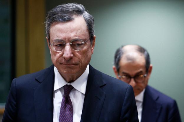 Face à la baisse de l'inflation, Mario Draghi sera-t-il contraint d'enfoncer encore un peu plus le plancher des taux? (Photo: Shutterstock)