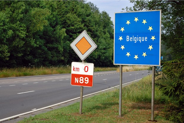 Aucune restriction concernant les déplacements n'est prévue, mais le télétravail devient obligatoire côté belge, a annoncé le gouvernement vendredi soir. (Photo: Shutterstock)