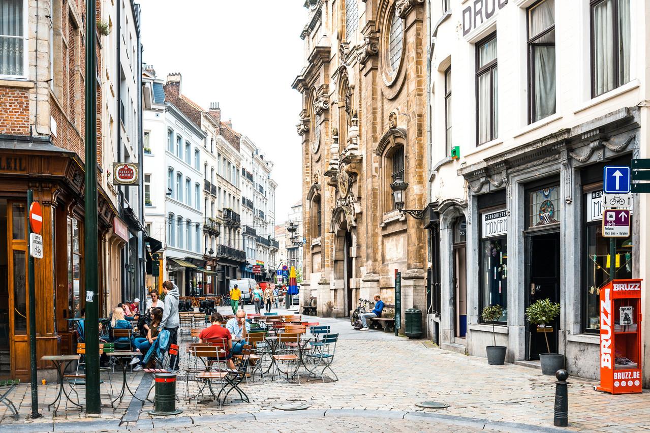 Les terrasses bruxelloises rouvriront le 8 juin. Mais pour les Luxembourgeois, il faudra attendre une semaine de plus pour pouvoir en profiter. (Photo: Shutterstock)
