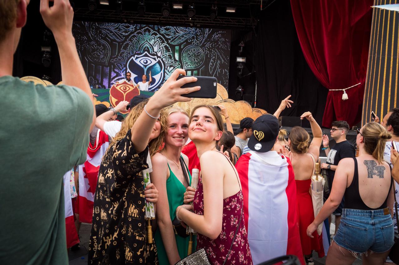 Des festivals comme Tomorrowland et Pukkelpop pourront sans doute accueillir plus de 5.000personnes et sont donc maintenus pour le moment. (Photo: Shutterstock)