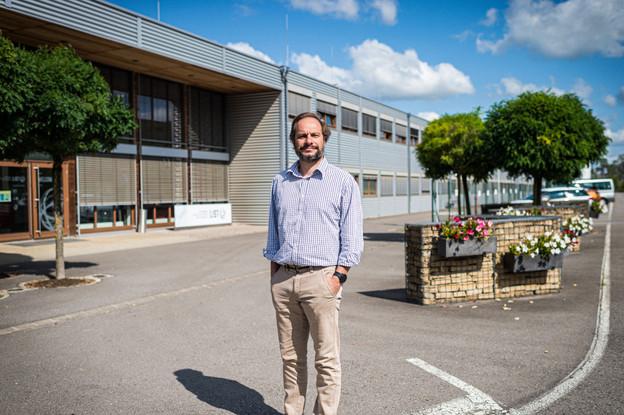 Damien Lenoble, devant le futur ex-bâtiment du List à Esch-Belval. (Photo: Mike Zenari)