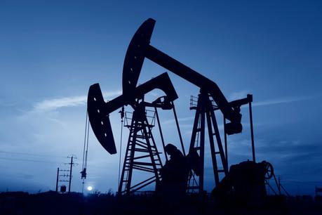 La hausse des prix du gaz et du pétrole combinée aux réductions des dépenses liées à la crise ont dopé les résultats des grands groupes mondiaux. (Photo: Shutterstock)