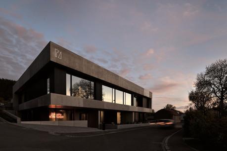 C'est dans le petit village de Beiler, à la frontière belge, que Creutz & Partners a choisi de construire son nouveau siège. (Photo: SergeBrison)