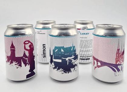 La nouvelle gamme de bières Luxair x Simon montre les vues les plus pittoresques du Luxembourg: le château de Vianden, la Gëlle Fra et le pont Adolphe… (Photo:Luxair x LFT x Simon)