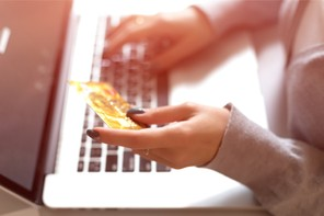 Le virement instantané permet des paiements d'urgence en quelques secondes à peine. (Photo: Shutterstock)