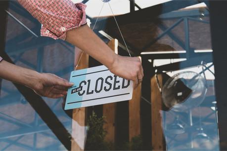Le Covid-19 a déjà contraint des entrepreneurs à cesser leur activité, mais la vague des faillites est surtout attendue après la rentrée de septembre. (Photo: Shutterstock)