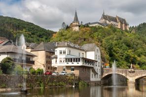 Le ministre des Classes moyennes et du Tourisme, Lex Delles (DP), a publié une série d'informations sur la manière d'utiliser son bon de 50 euros pour une nuitée. (Photo: Shutterstock)