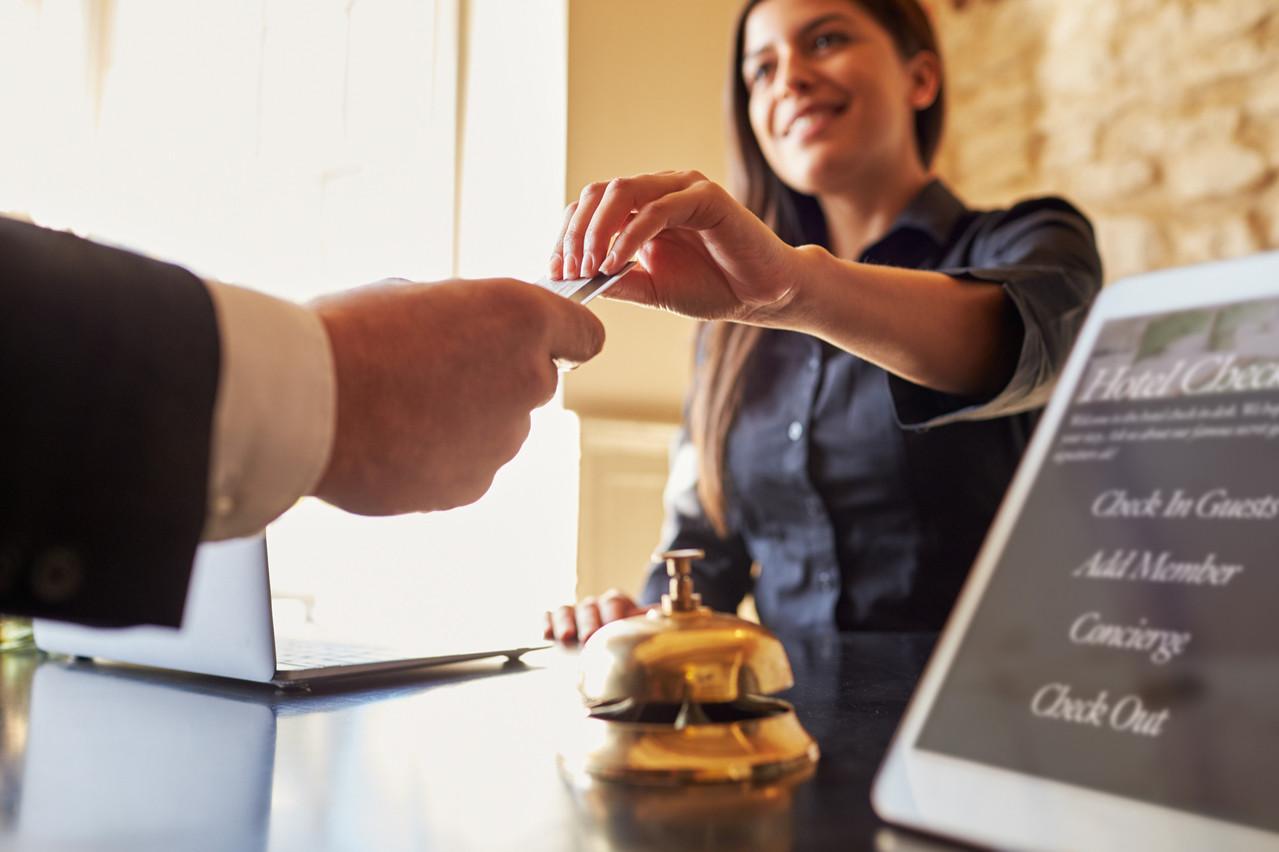 Le gouvernement offre une nuit d'hôtel à tous les résidents et frontaliers pour relancer l'activité dans l'horeca. Les acteurs du secteur attendent des précisions sur les modalités. (Photo: Shutterstock)