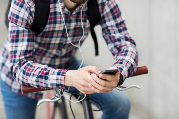 Le ministre François Bausch présentera la très attendue nouvelle appli mobilité mercredi. (Photo: Shutterstock)