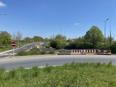 17 ans que la bretelle de Frisange, qui permet aux conducteurs d'aller vers Aspelt et Sarrebruck, est fermée. Un différend entre un propriétaire et l'État qui dure même depuis 1996. (Photo: Paperjam)