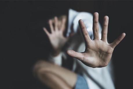 Certains pays, comme le Royaume-Uni, ont connu un pic de violence domestique en raison de situations plus intenses liées au confinement. (Photo: Shutterstock)