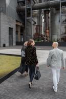 Cocottes à Belval: Elle profite du passage à Belval pour visiter la cellule qu'elle loue au Fonds Belval, avenue des Hauts-Fourneaux, et qui accueillera en septembre un nouveau magasin Cocottes de 100 m2. ((Photo: Romain Gamba))