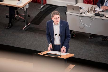 Sven Clement, député du Piratepartei, s'est insurgé contre la vaccination précoce de trois membres du conseil d'administration des Hôpitaux Robert Schuman. (Photo: Jan Hanrion / archives Maison Moderne)