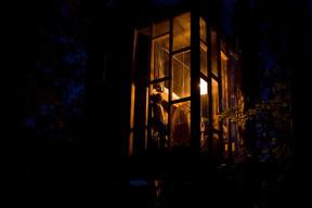 Le Cube de verre, la nuit ((Photo: Ici))