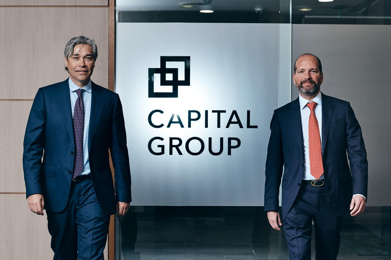 Marnix van den Berge, managing director, responsable de la distribution Benelux, France et pays nordiques et Jean-Marc Goy, conducting officer chez Capital International Management Company, la filiale de Capital Group active au Luxembourg. (Photo: Nader Ghavami)