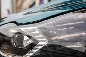 Ce petit DS3 Crossback est plutôt réussi si on aime les voitures dont le design, tant extérieur qu'intérieur, a de la personnalité.  ((Photo: Jan Hanrion / Maison Moderne))