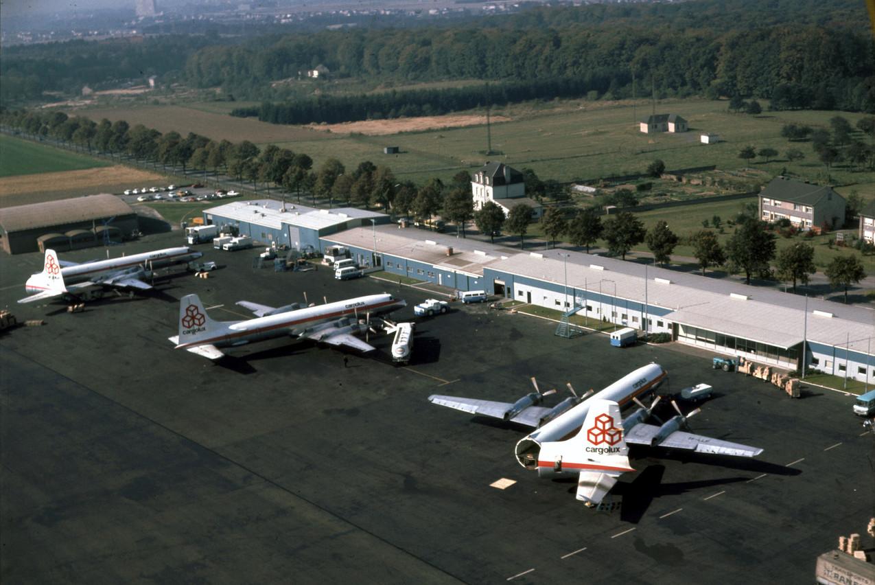 Les premiers avions de Cargolux, des CL-44 et CL-44 Swingtail. (Photo: Shutterstock)