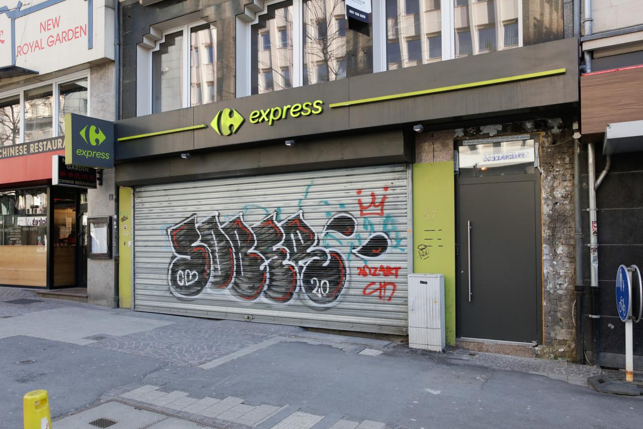 Carrefour Express rouvre, après 11mois d'inactivité. (Photo: Romain Gamba/Maison Moderne)